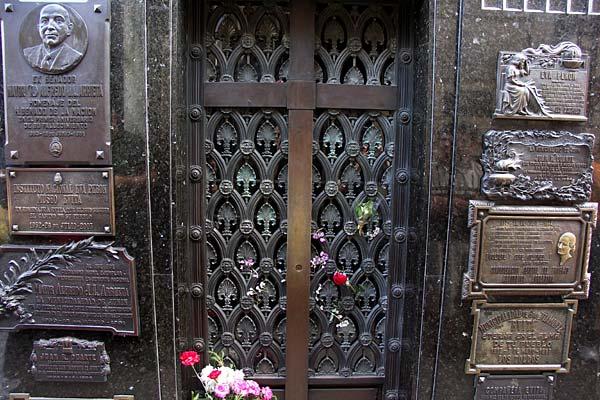 Tumba de Evita Perón en el Cementerio de la Recoleta.