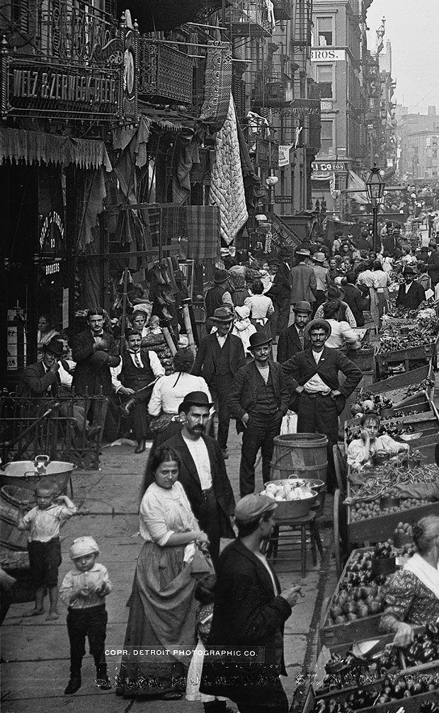 Inmigrantes Italianos en Nueva York, 1905.