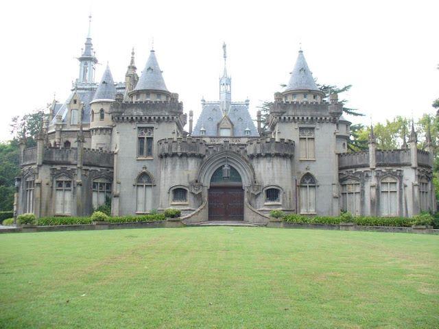 El Castillo Naveira hoy - Vista Frontal