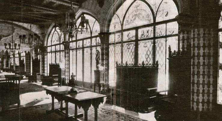El Castillo Naveira a Principios de Siglo - Salón Recibidor